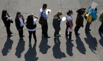Formación educativa: la principal limitante para que los jóvenes consigan empleo en Bogotá